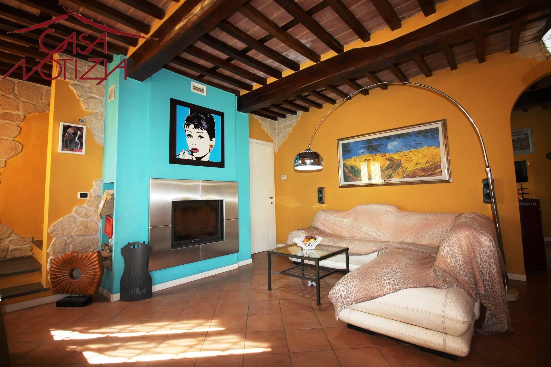 Ufficio Casa Lucca : Uffici a viareggio ufficio comune viareggio casa mitula case