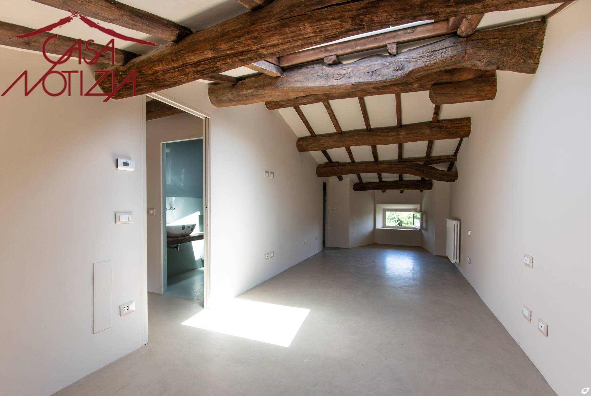 Appartamento in vendita a Capannori, 8 locali, zona Località: S.aMargherita, prezzo € 185.000 | PortaleAgenzieImmobiliari.it