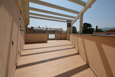 Penthouse for Sale to Lucca