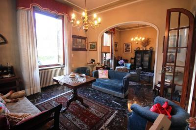 Villa a schiera in Vendita a Lucca