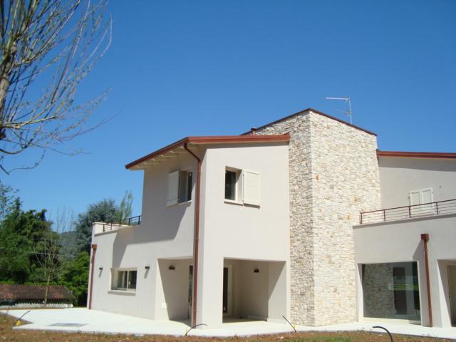 Villa in vendita a Cellatica, 5 locali, zona Zona: Fantasina, Trattative riservate   CambioCasa.it