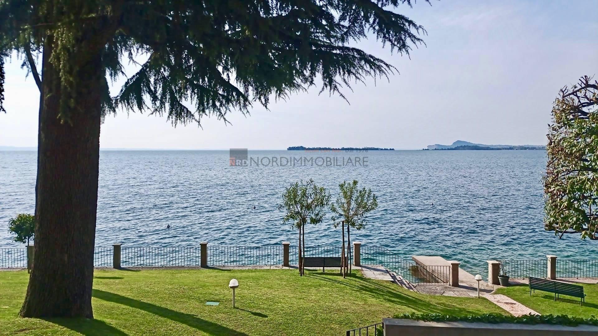 Appartamento in vendita a Gardone Riviera, 2 locali, zona Località: FasanoSotto, prezzo € 265.000 | CambioCasa.it