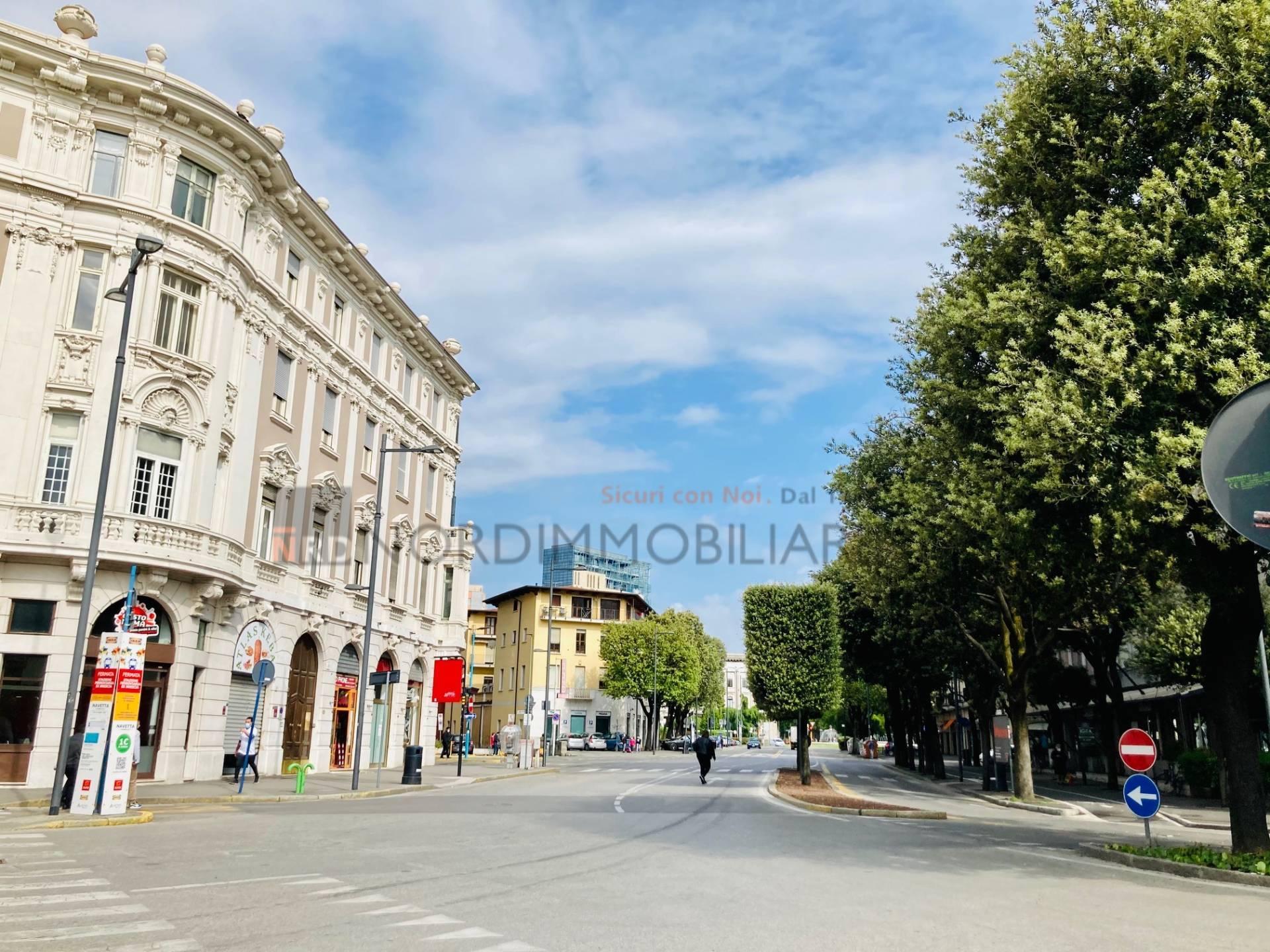 Appartamento in affitto a Brescia, 2 locali, zona Località: 1-CENTROSTORICO, prezzo € 460 | CambioCasa.it
