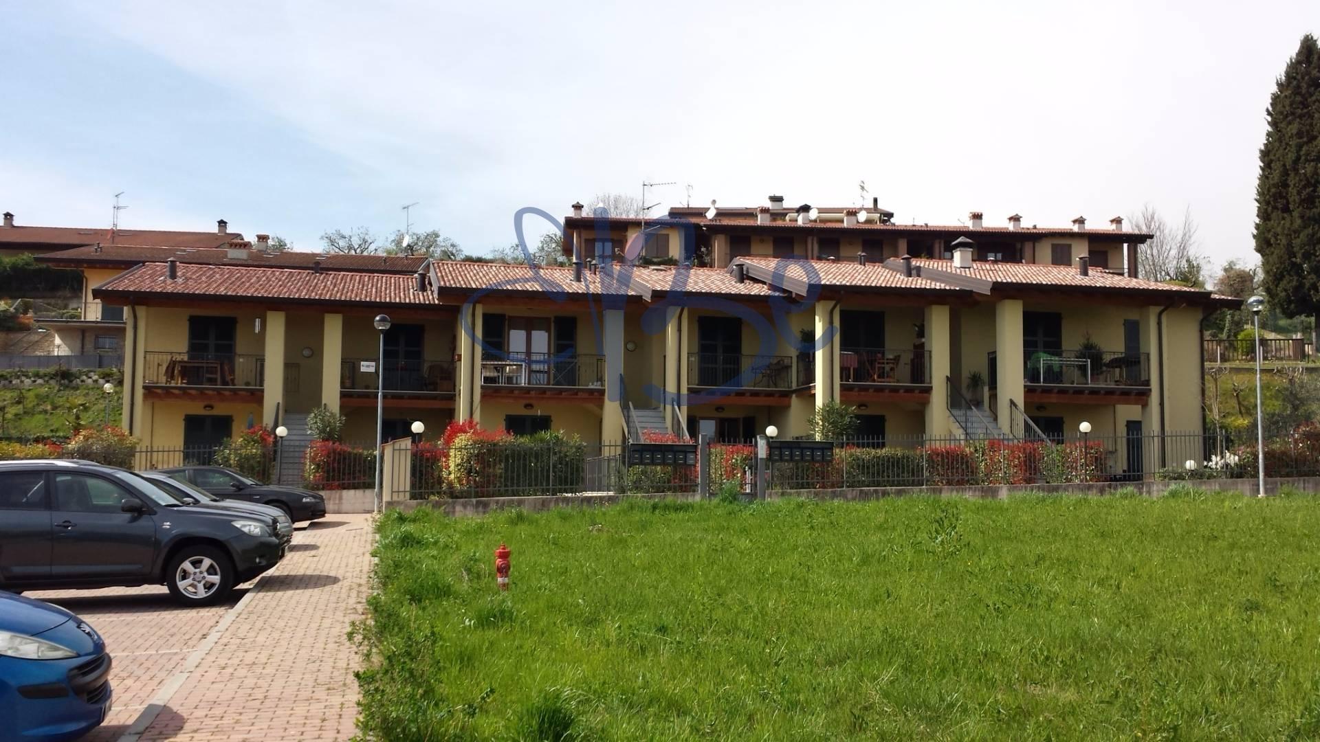 Appartamento in vendita a Puegnago sul Garda, 2 locali, prezzo € 120.000 | CambioCasa.it