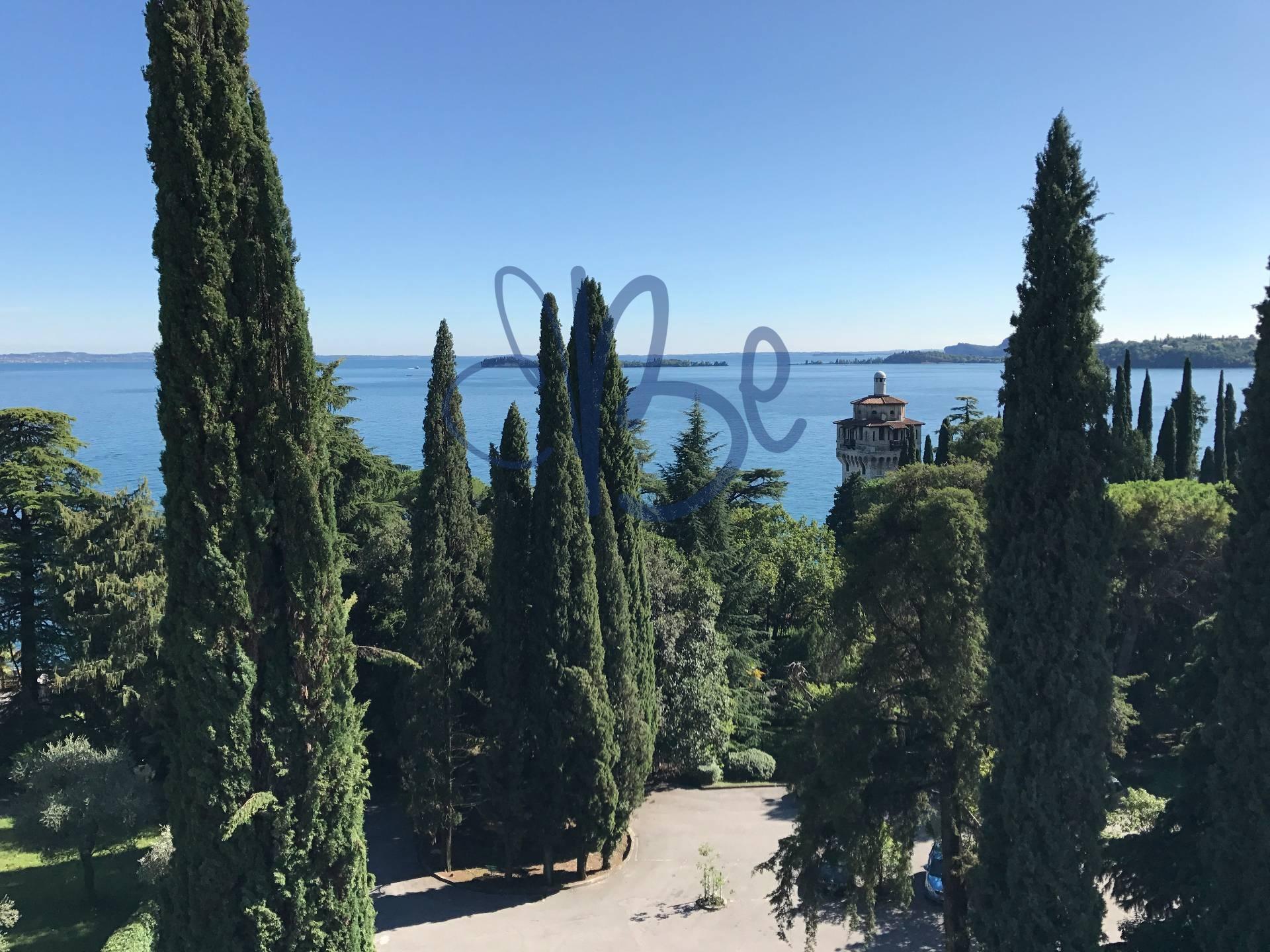Appartamento in affitto a Gardone Riviera, 1 locali, zona Località: GardoneSotto, prezzo € 450 | CambioCasa.it