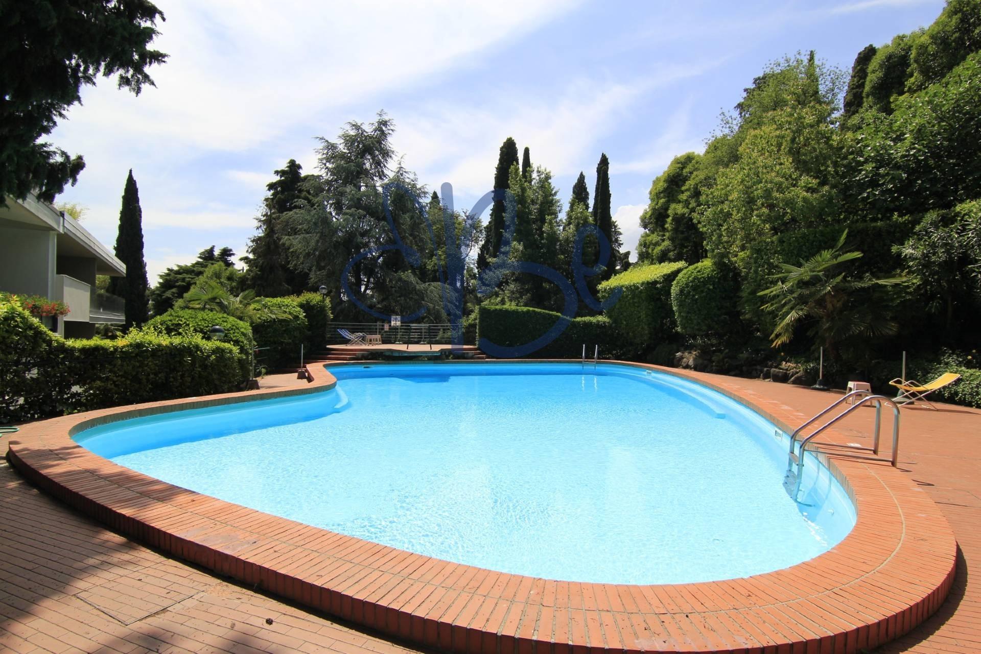 Appartamento in affitto a Gardone Riviera, 1 locali, prezzo € 300 | CambioCasa.it