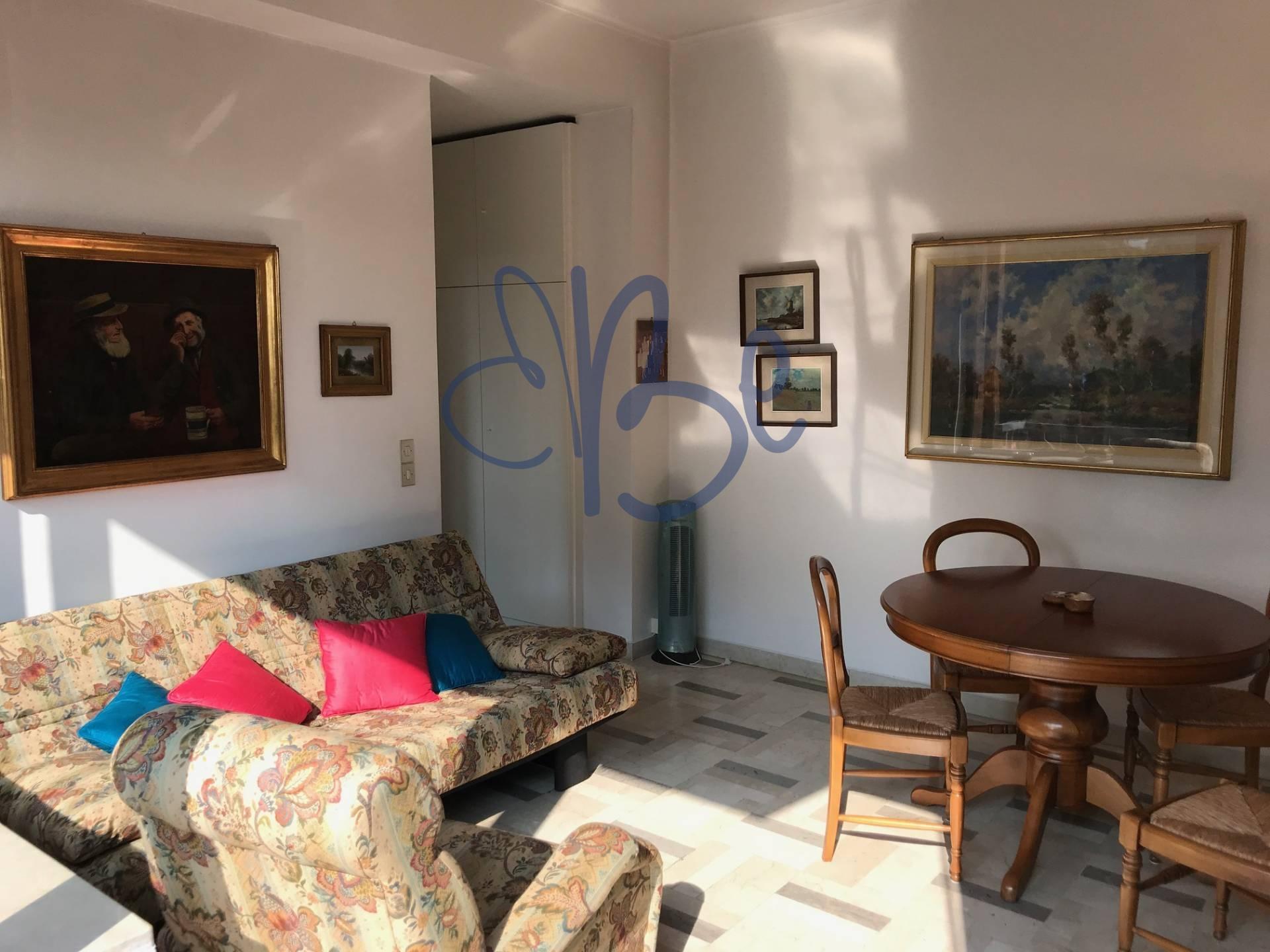 Appartamento in affitto a Gardone Riviera, 2 locali, prezzo € 500 | CambioCasa.it