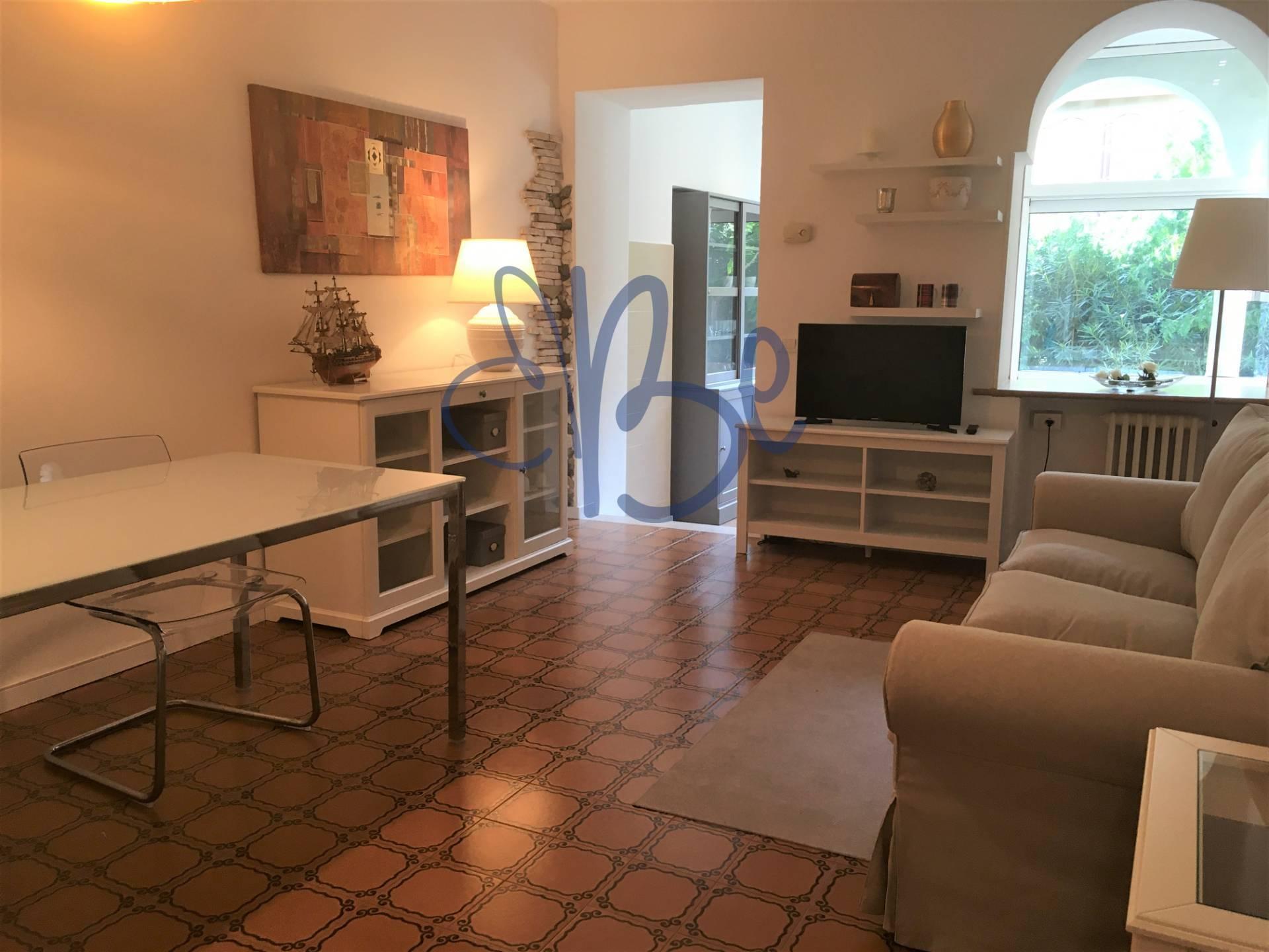 Appartamento in affitto a Salò, 3 locali, prezzo € 800 | CambioCasa.it