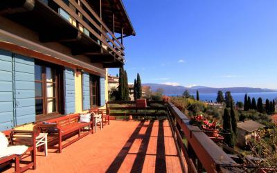 Villa in sale to Gardone Riviera