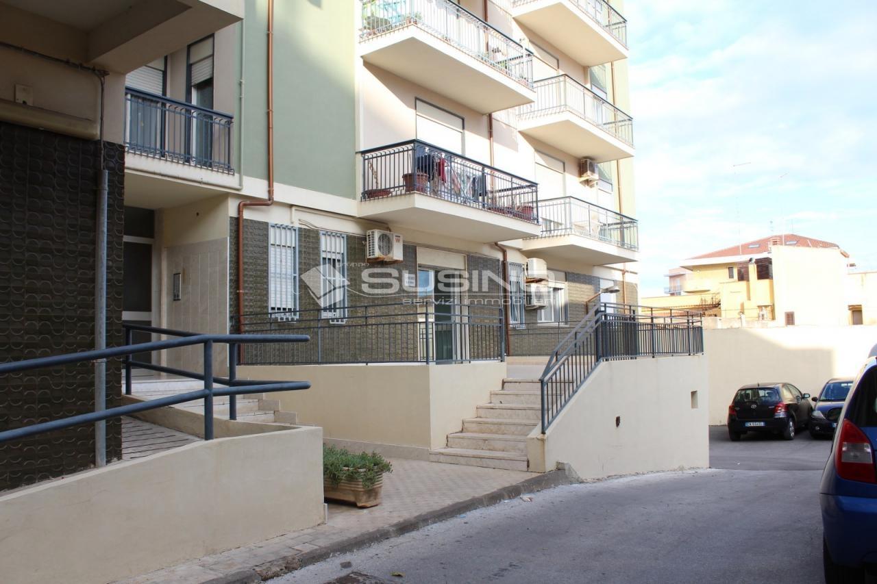 Ufficio / Studio in vendita a Siracusa, 9999 locali, zona Zona: Grottasanta, prezzo € 105.000 | CambioCasa.it