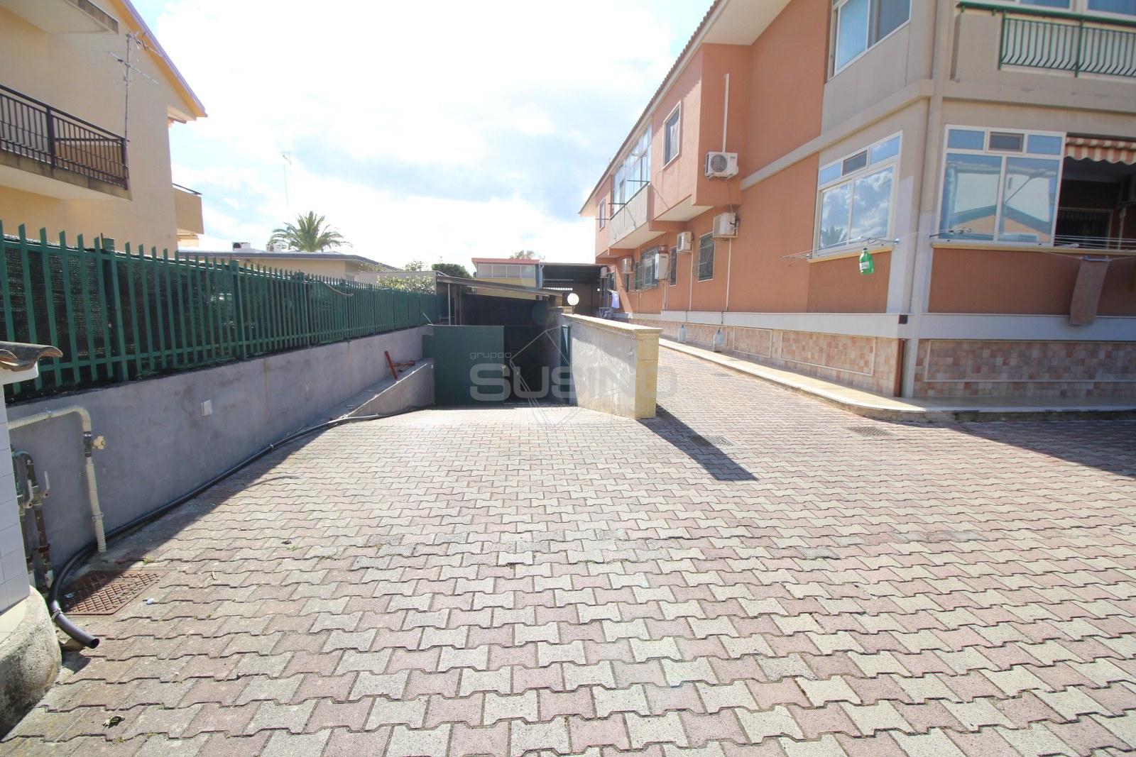 Magazzino in vendita a Siracusa, 9999 locali, zona Località: ScalaGreca, prezzo € 145.000 | PortaleAgenzieImmobiliari.it