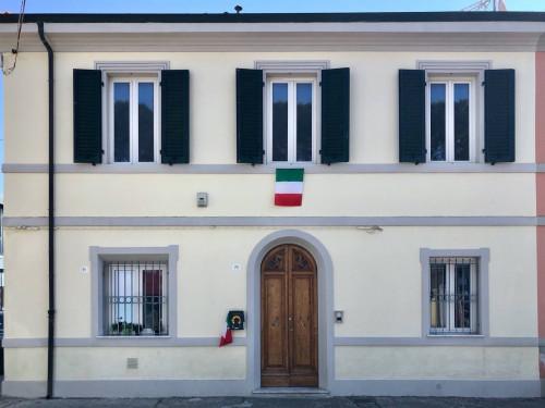 Indipendent house for Sale to Viareggio