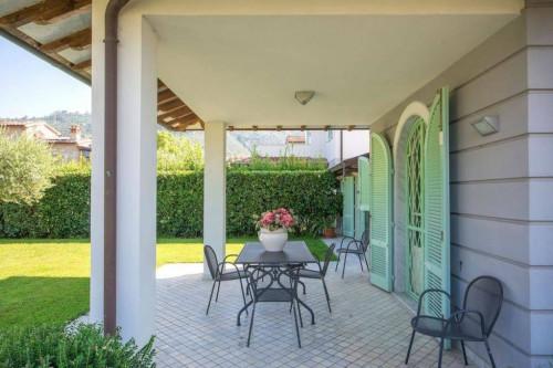 Casa indipendente in Vendita a Pietrasanta