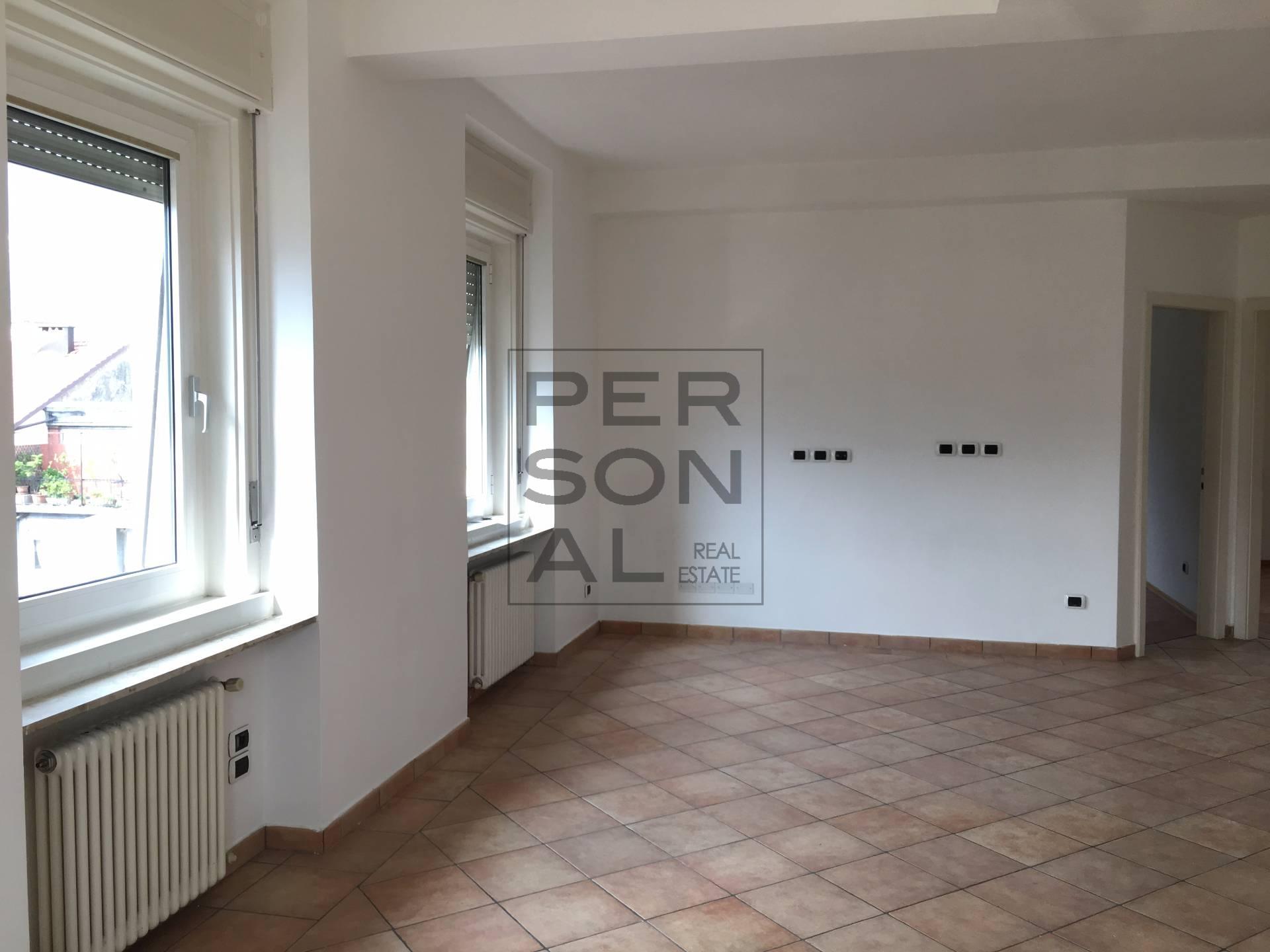 Appartamento in affitto a Trento, 5 locali, zona Località: Centrostorico, prezzo € 800 | CambioCasa.it