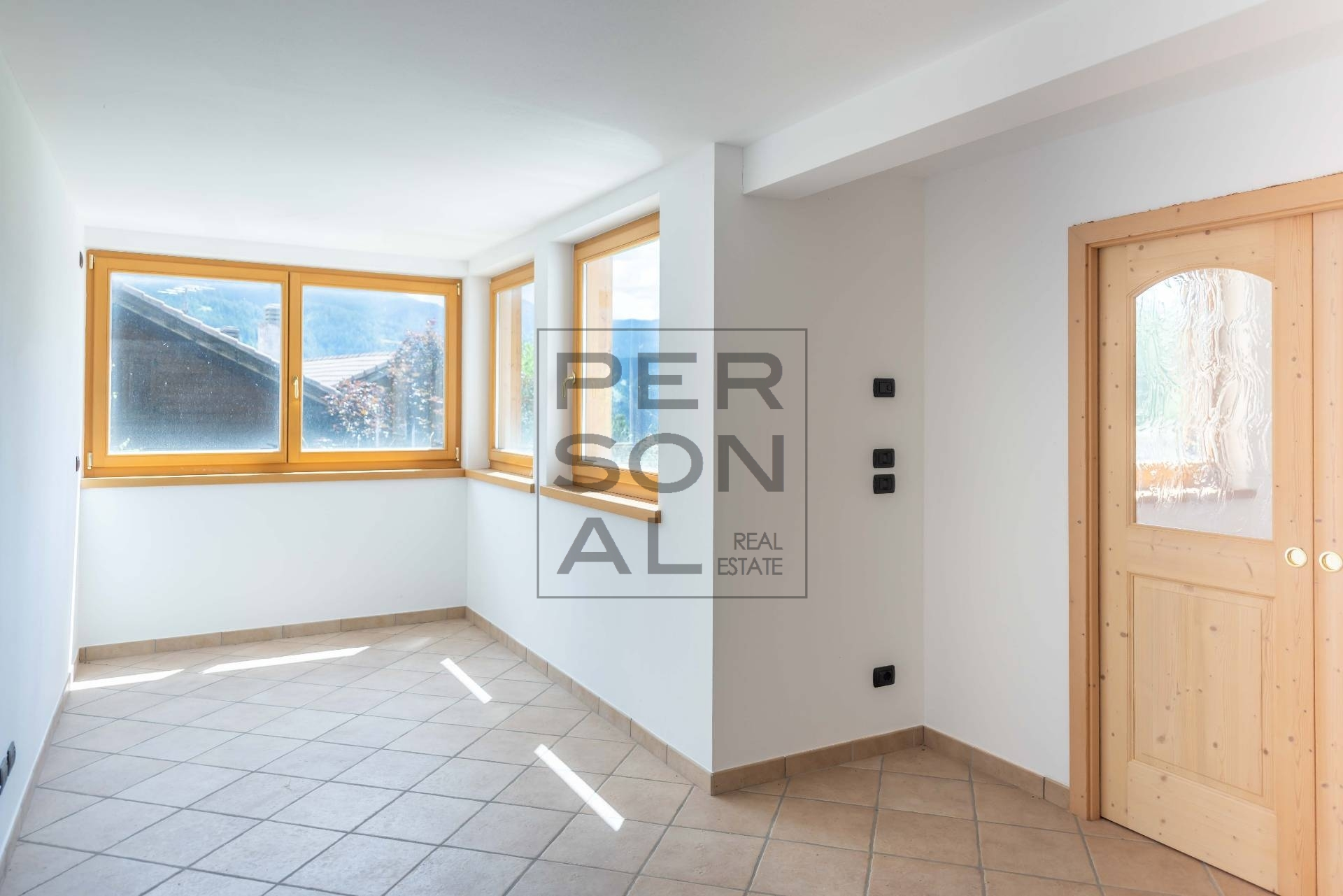 Foto appartamento in vendita a Cavalese (Trento)