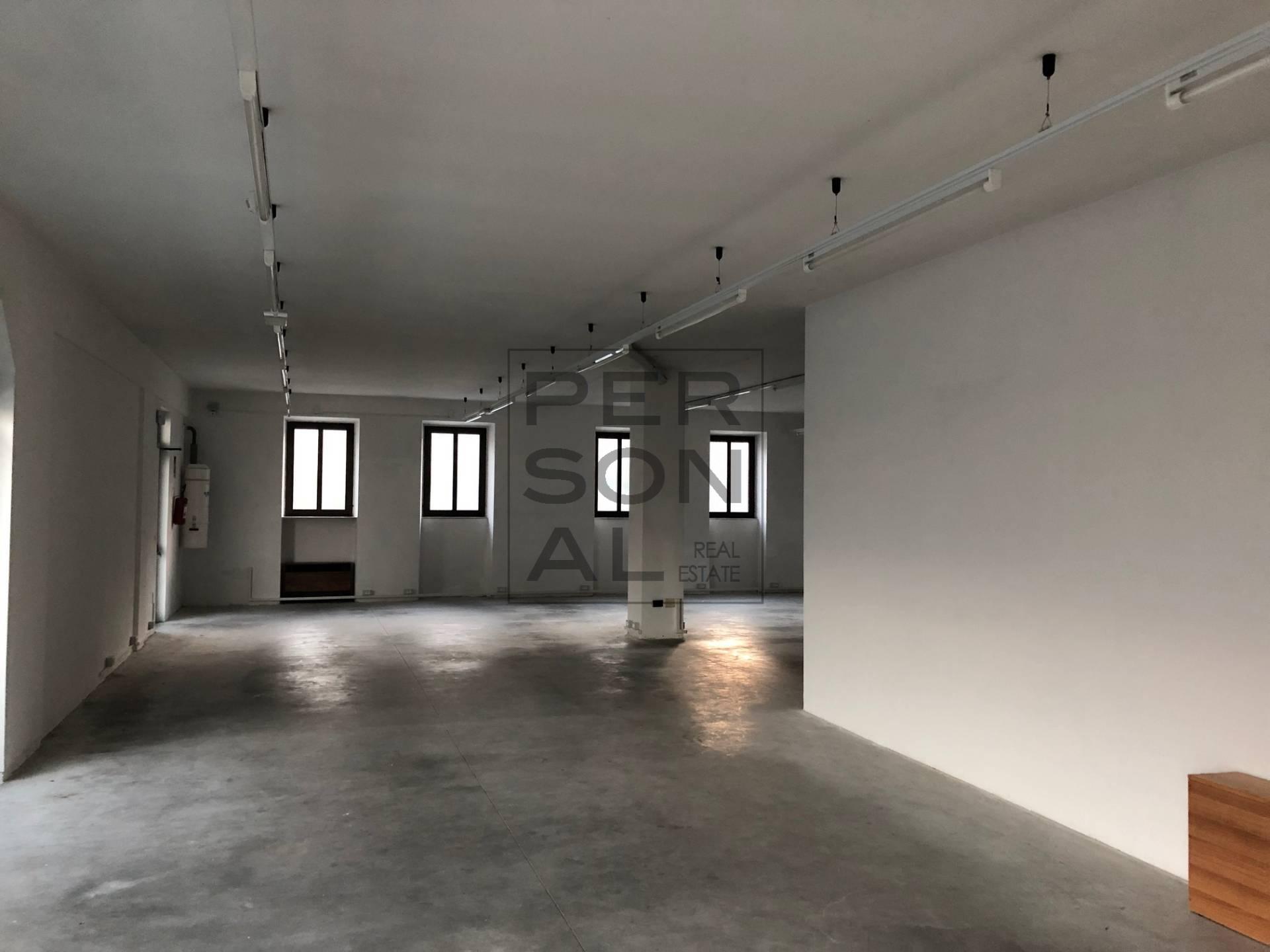 Foto attivit� commerciale in affitto a Mori (Trento)