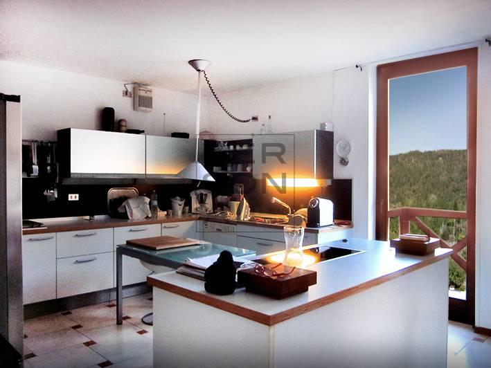 Villa multifamiliare in vendita a Pergine Valsugana