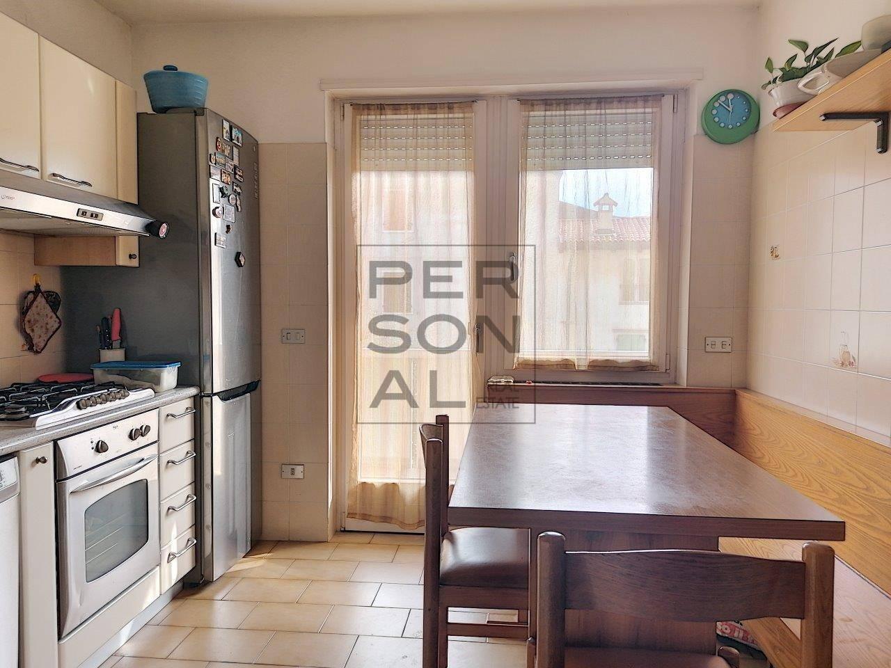 Appartamento in vendita a Mori, 6 locali, prezzo € 230.000   CambioCasa.it