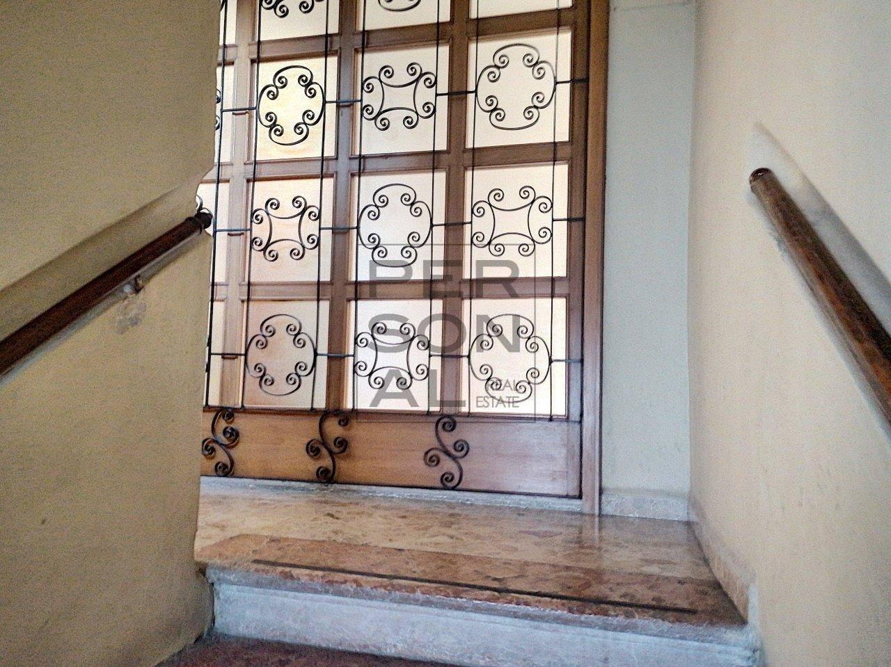 Appartamento in vendita a Rovereto, 6 locali, prezzo € 180.000 | CambioCasa.it