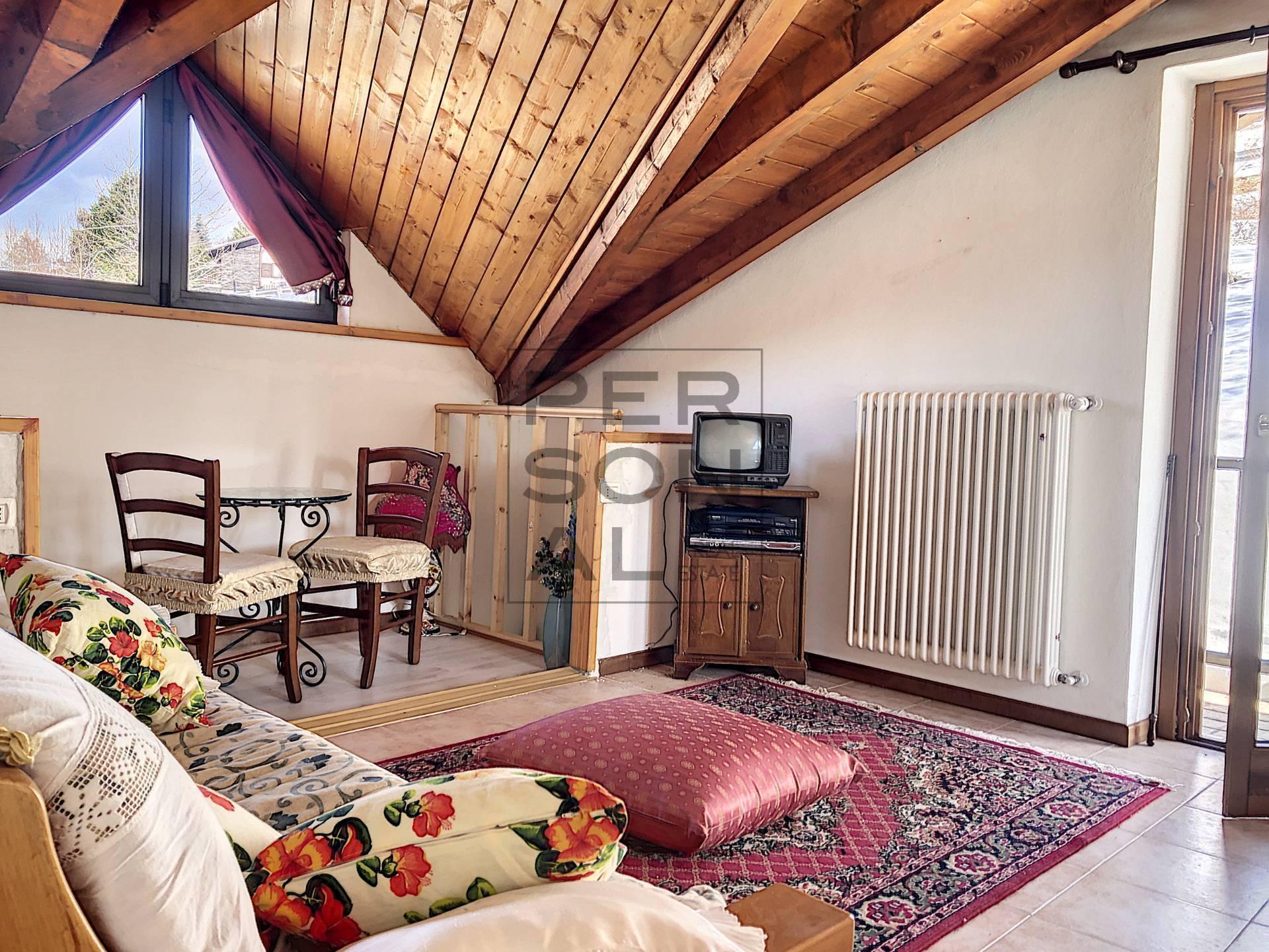 Appartamento in vendita a Brentonico, 5 locali, zona Località: Polsa, prezzo € 145.000 | CambioCasa.it