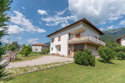 Villa in Vendita a Cavedine