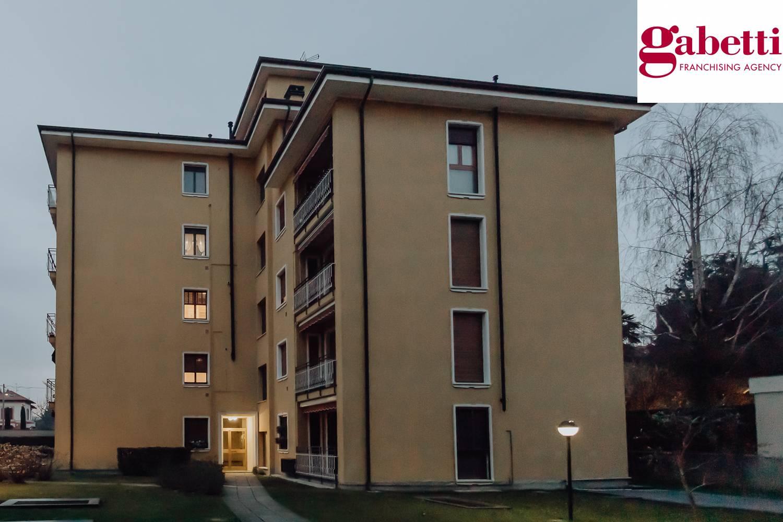 Appartamento in vendita a Merate, 3 locali, prezzo € 108.000 | CambioCasa.it