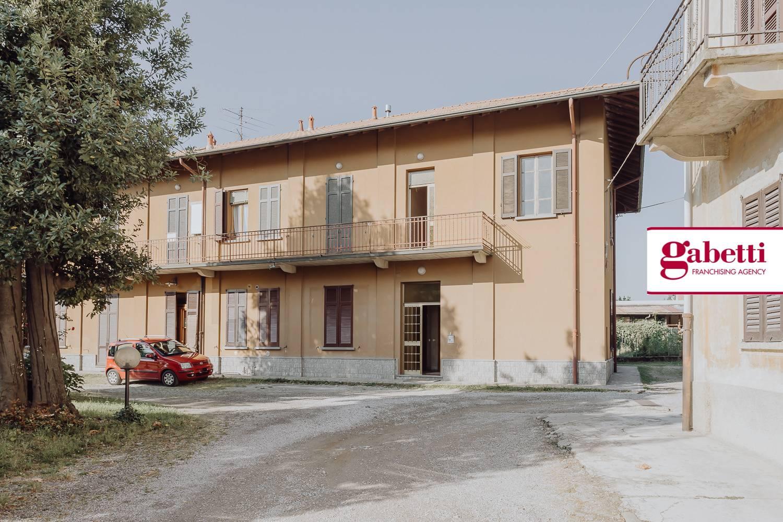 Appartamento in affitto a Brivio, 2 locali, zona Zona: Beverate, prezzo € 400 | CambioCasa.it