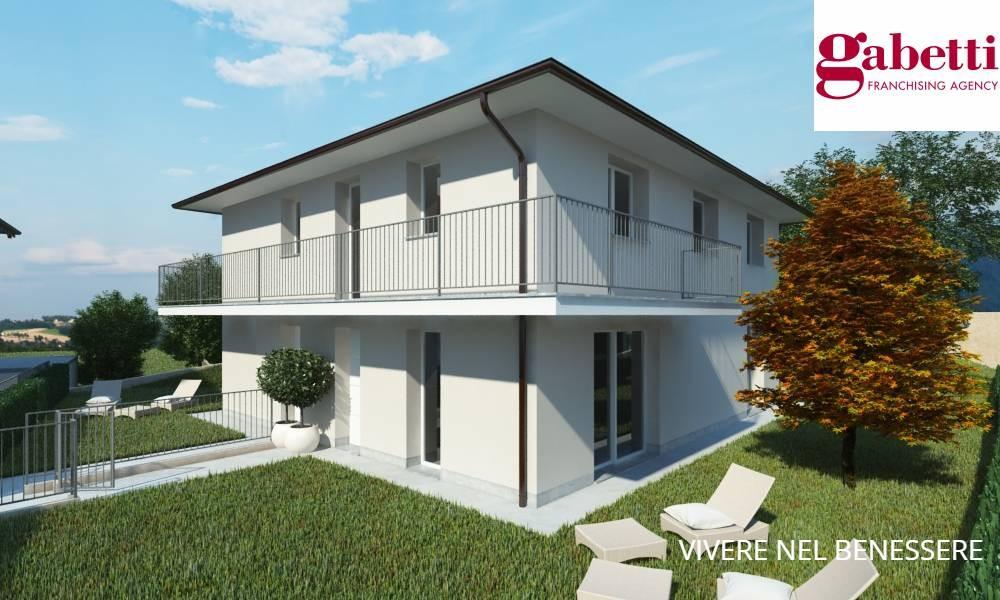 Villa Bifamiliare in vendita a Merate, 4 locali, prezzo € 412.000 | CambioCasa.it