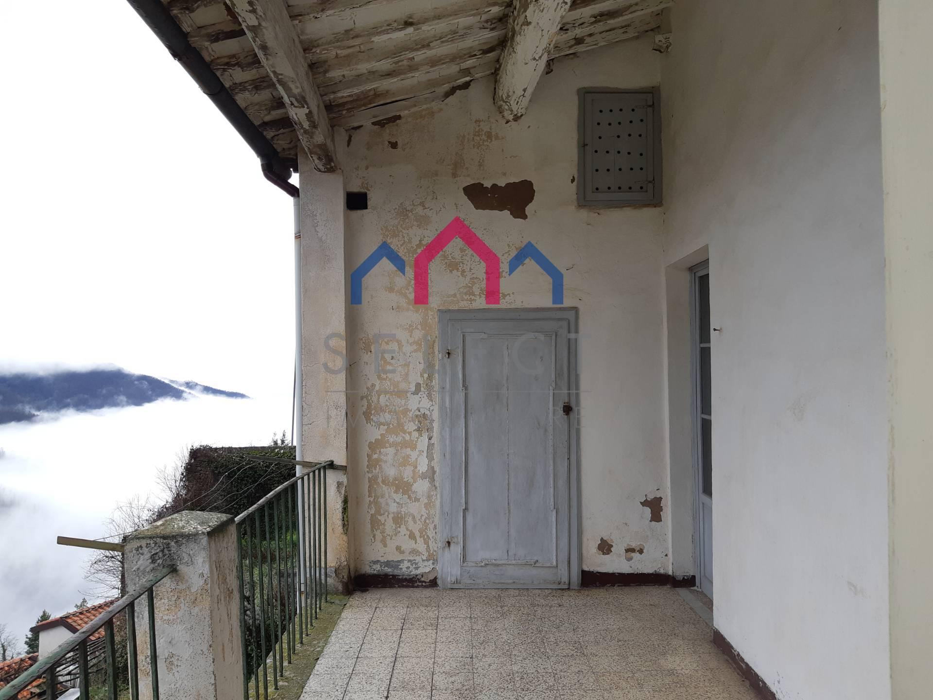 Appartamento in vendita a Coreglia Antelminelli, 7 locali, zona glio, prezzo € 90.000 | PortaleAgenzieImmobiliari.it