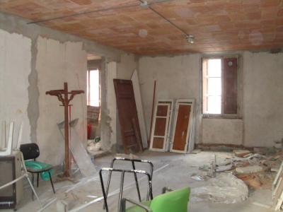Magazzino in Vendita a Borgo a Mozzano