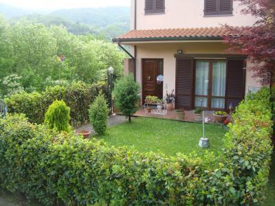 Villette a schiera in Vendita a Borgo a Mozzano