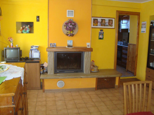 Townhouse in Buy to Bagni di Lucca