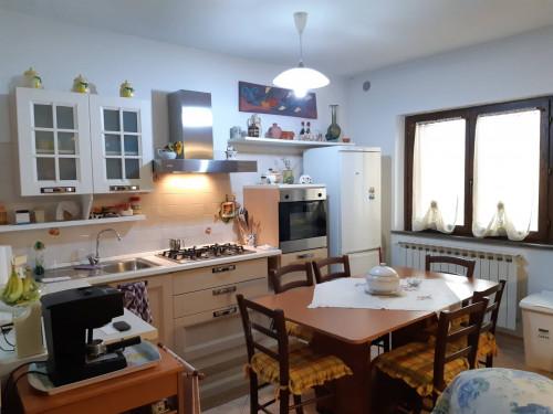 Appartamento indipendente in Vendita a Gallicano