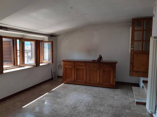 Appartamento indipendente in Vendita a Barga