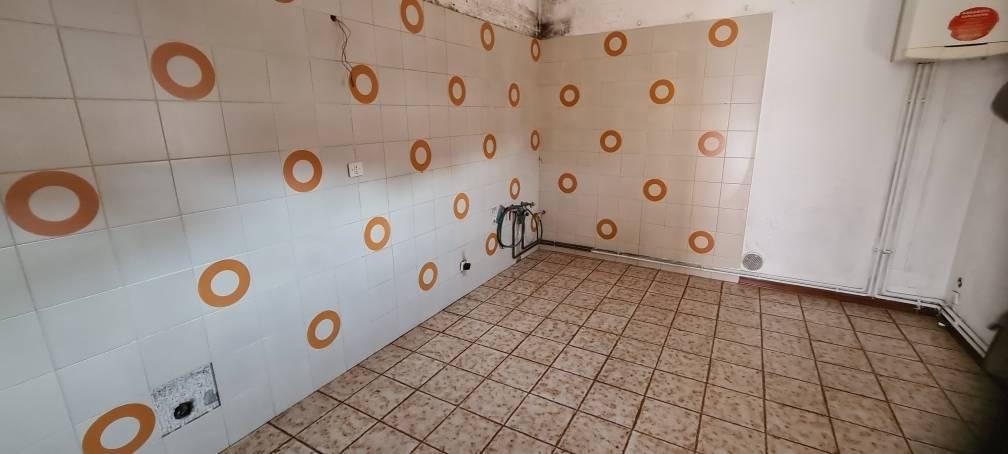 Soluzione Indipendente in vendita a San Fior, 10 locali, prezzo € 185.000 | CambioCasa.it