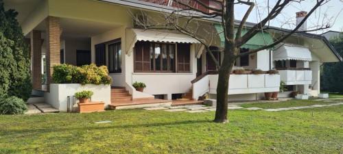 Villa in Vendita a Santa Lucia di Piave