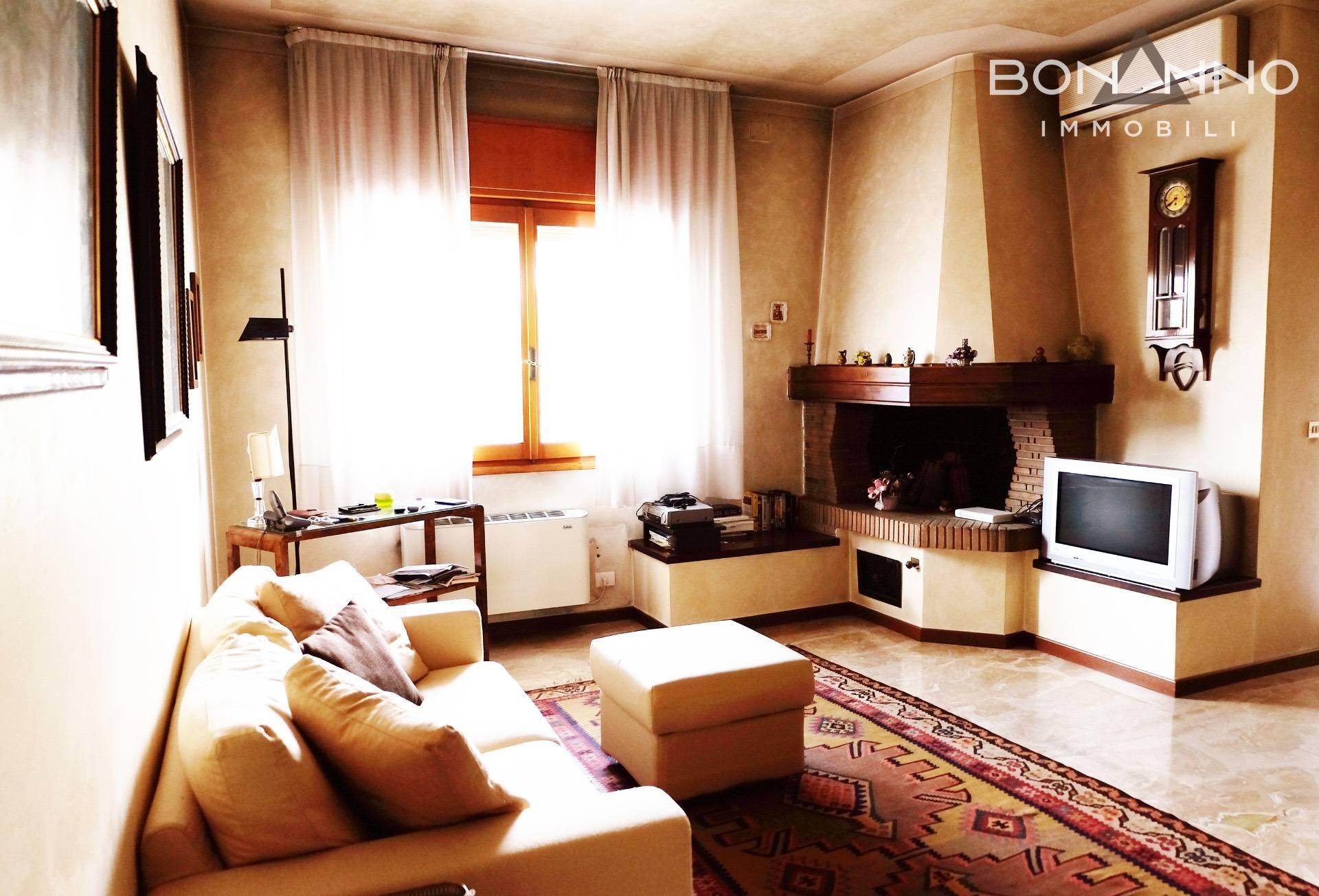 Appartamento in vendita a Riese Pio X, 7 locali, Trattative riservate | CambioCasa.it