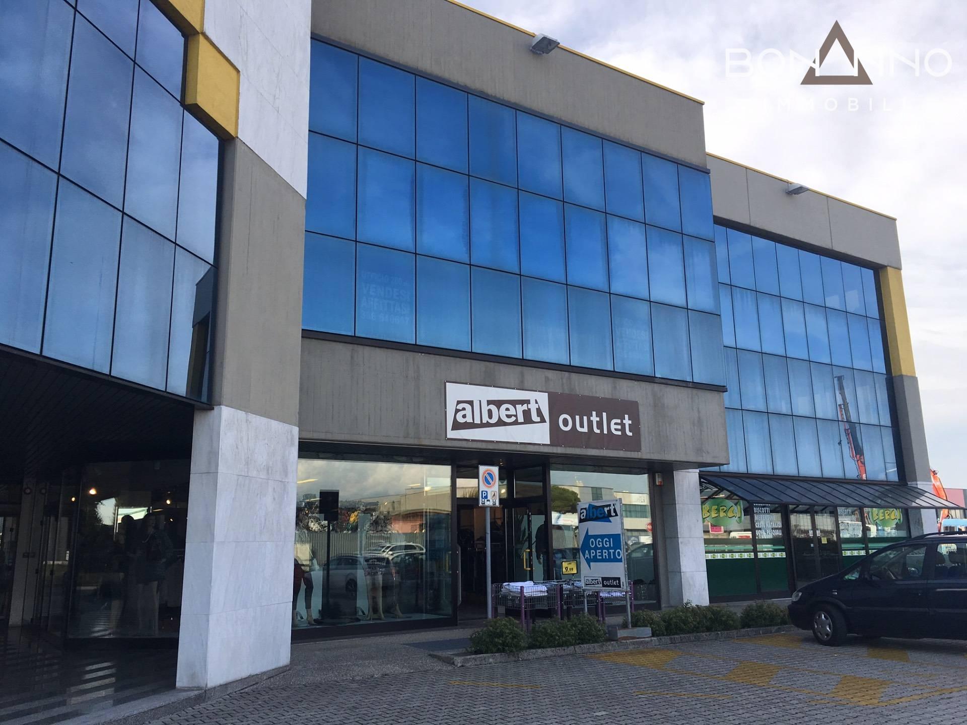 Ufficio / Studio in vendita a Vedelago, 9999 locali, prezzo € 150.000 | CambioCasa.it