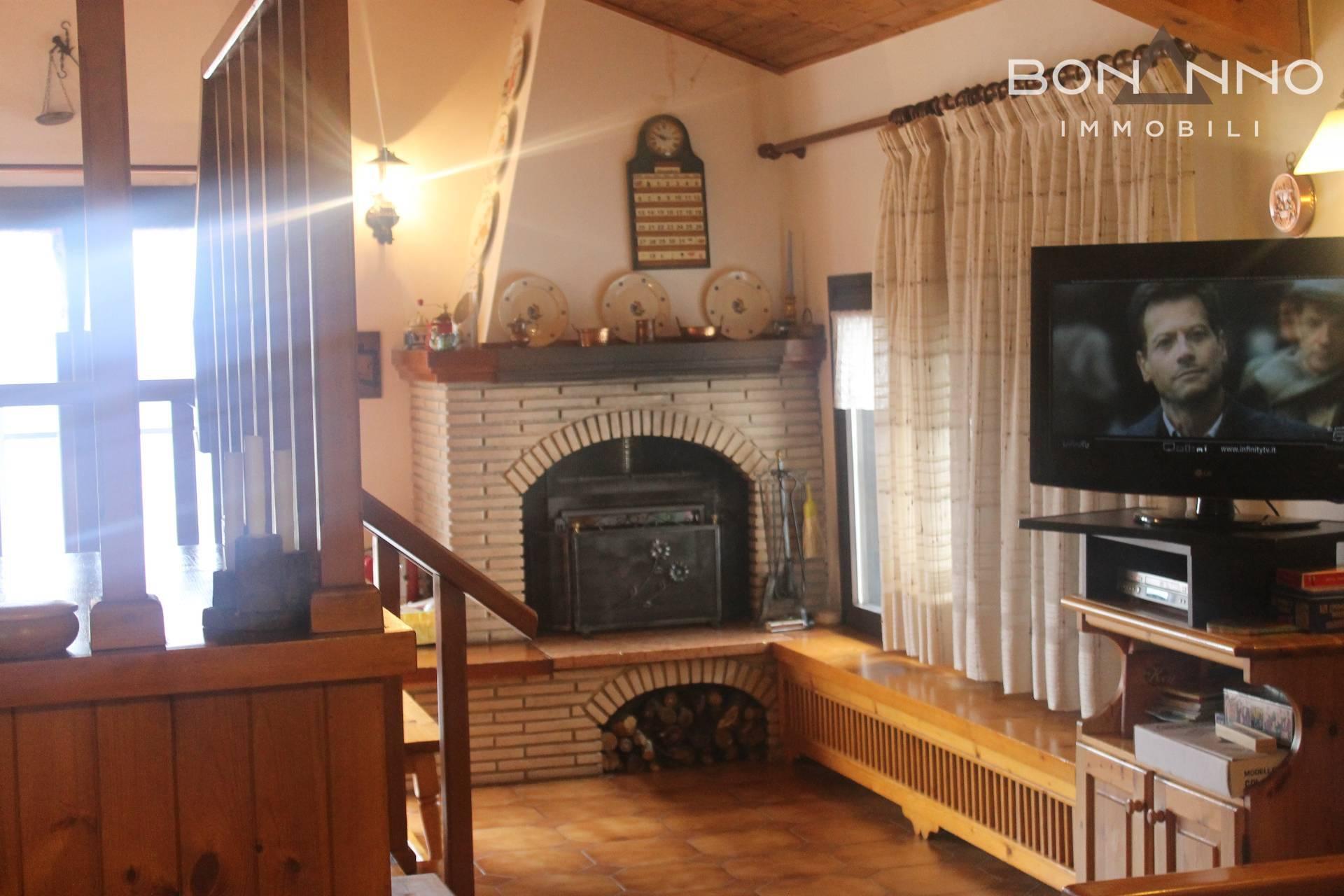 Appartamento in vendita a Castello Tesino, 8 locali, prezzo € 95.000   CambioCasa.it
