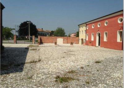 Rustico in Vendita a Piazzola sul Brenta