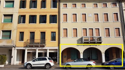 Locale commerciale in Vendita a Castelfranco Veneto