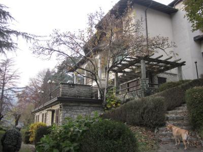 Villa in Vendita a Asso