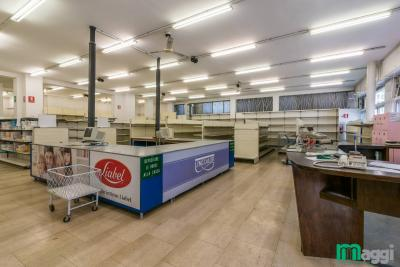 Immobile commerciale in Affitto a Milano