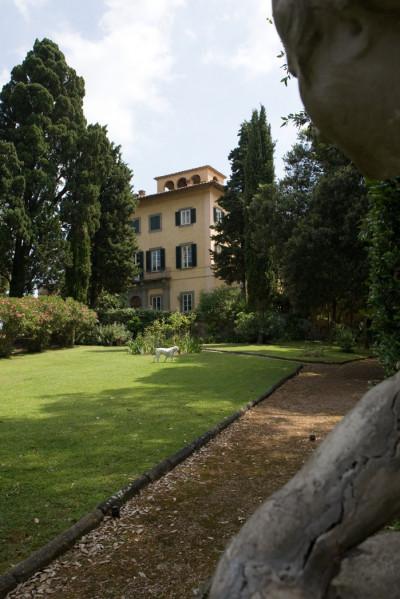 Villa in Vendita a Lari