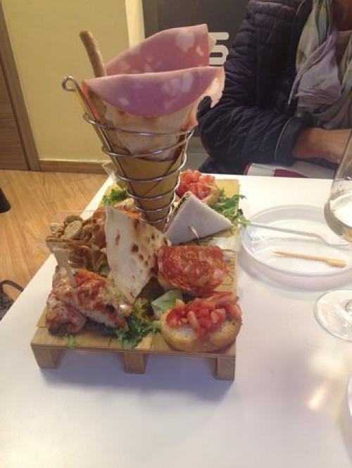 Bar tavola fredda in Vendita a Milano