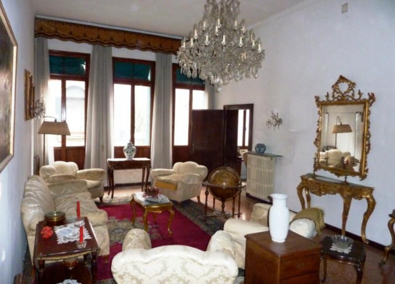 vendita appartamento venezia san polo  1000000 euro  8 locali  200 mq