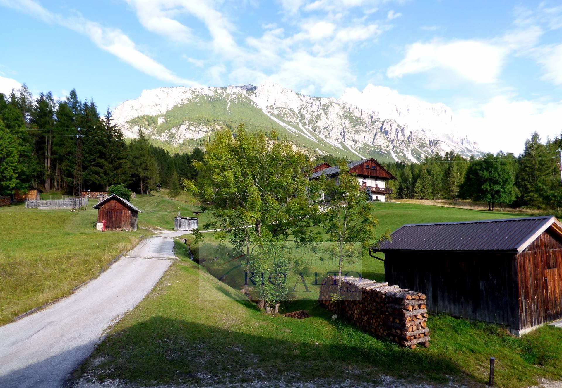 Appartamento in vendita a Cortina d'Ampezzo, 4 locali, prezzo € 950.000 | CambioCasa.it