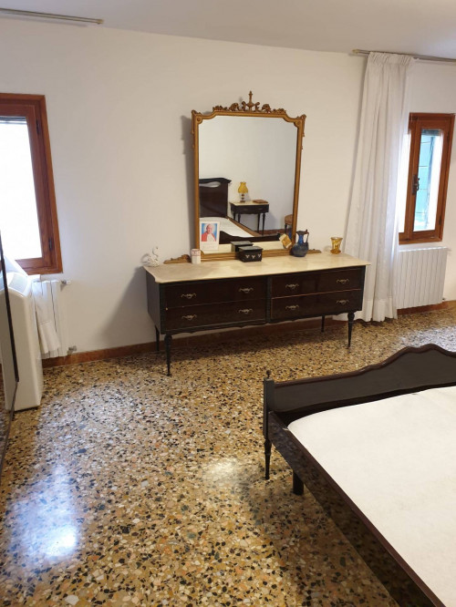 House for Sale to Venezia
