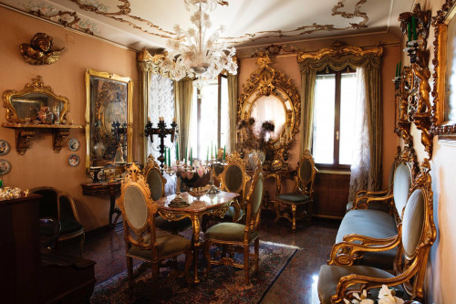 Villa for Sale to Venezia
