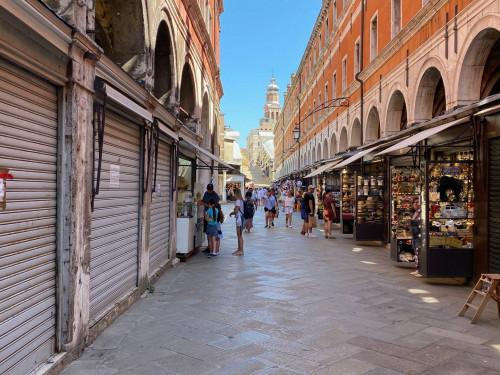 Locale commerciale in Affitto a Venezia